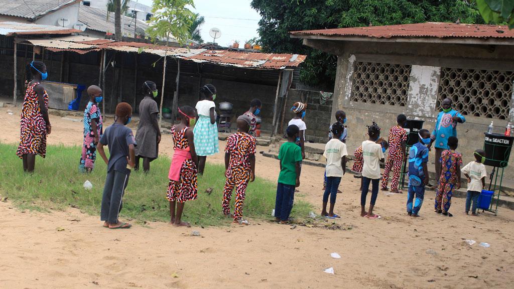 Sensibilisation des enfants sur les gestes barrières au Covid-19 soutenue par le partenaire SIDACTION.